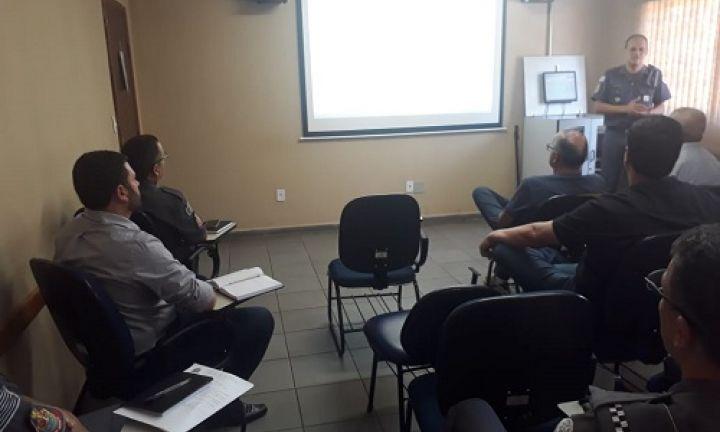 Polícia Militar realiza reunião técnica com diretores de presídios
