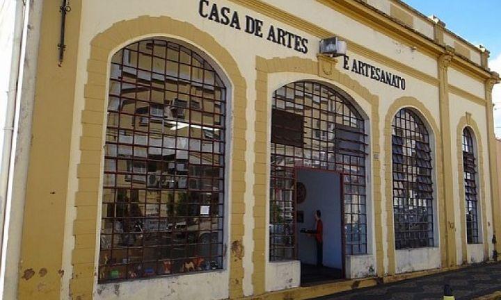 Casa de Artes e Artesanato celebra seus 33 anos de existência