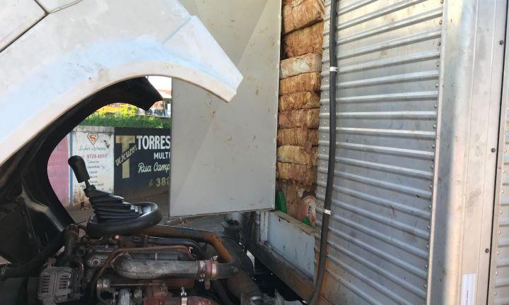Polícia Civil apreende 1 tonelada e meia de maconha na SP-255