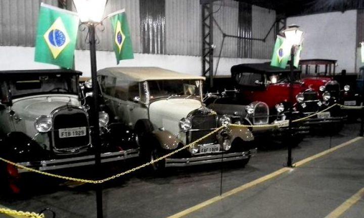Domingo tem encontro de carros antigos em Avaré