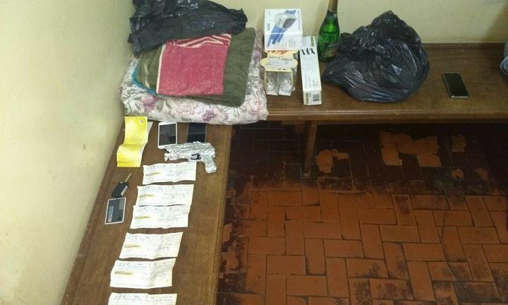 Ladrões torturam vítima para obrigá-la a assinar cheques
