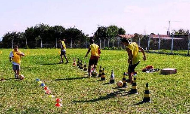 Atletas do futebol participam de Avaliação da Ponte Preta