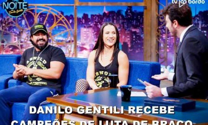Avareense é entrevistado por Danilo Gentili