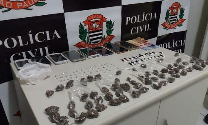 Polícia Civil prende mãe e filho por tráfico de drogas
