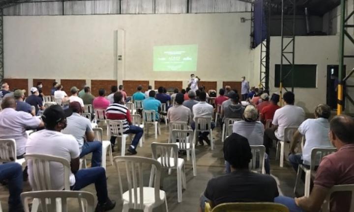 Controladores de javali participam de capacitação em Avaré