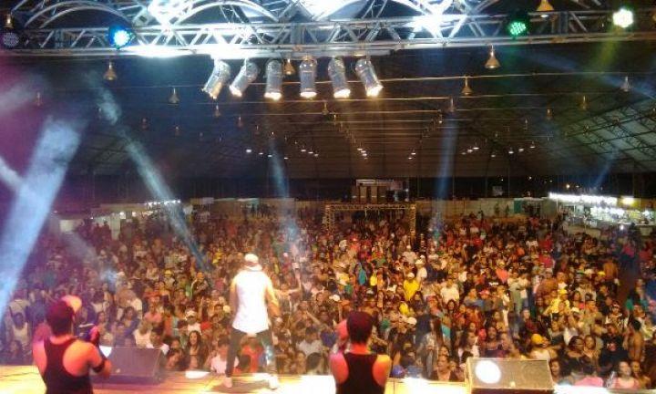 Carnaval é realizado com sucesso em Avaré