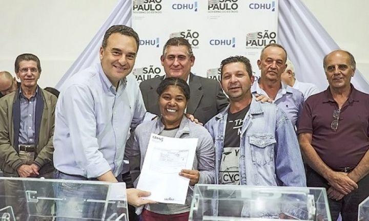 Habitação sorteia 100 casas para famílias de Águas de Santa Bárbara