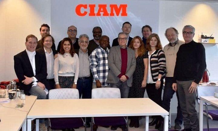 Juca Novaes participa de reunião do CIAM em Paris