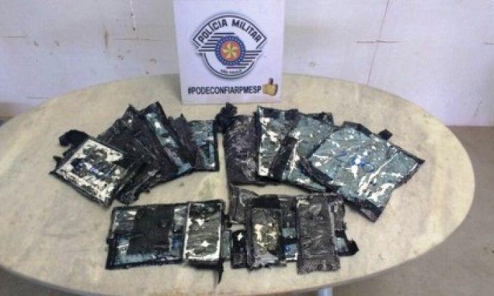 Boliviana é flagrada com cocaína na Castello Branco