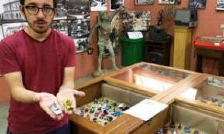 Exposição de carros em miniatura é atração no museu