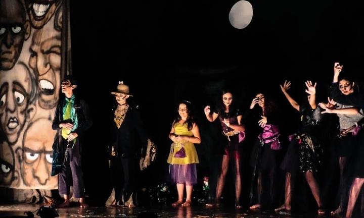 """Espetáculo """"A Bruxinha Boa"""" é apresentado no dia 30 no Centro Cultural"""