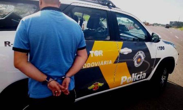 Foragido da Justiça é preso com documentos do irmão