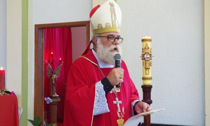 Dom Maurício recomenda que paróquias sigam com celebrações remotas