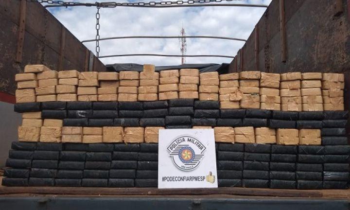 Polícia Rodoviária apreende cocaína pura e pasta base na Castello