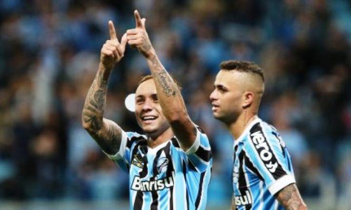 São Paulo perde para o Grêmio e o Flamengo segue na liderança