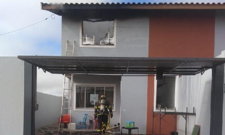 Explosões seguidas de incêndio mobilizam Corpo de Bombeiros em Avaré