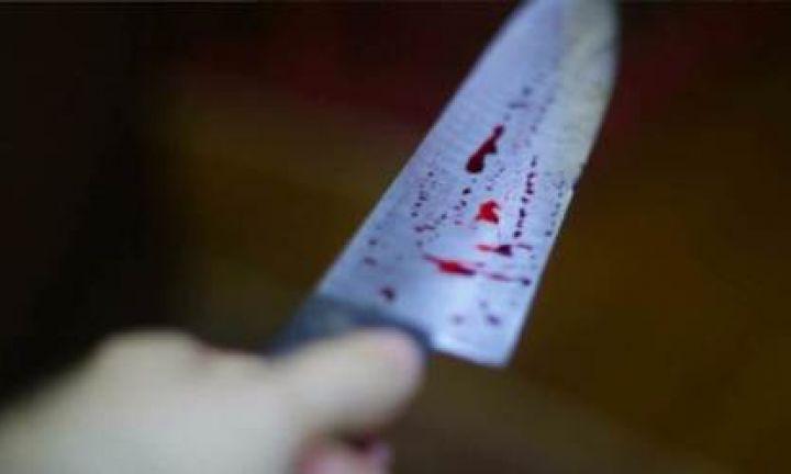 Mulher é assassinada com mais de 20 facadas pelo companheiro
