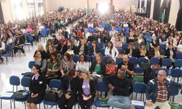 Fórum sobre educação inclusiva reúne mais de mil participantes