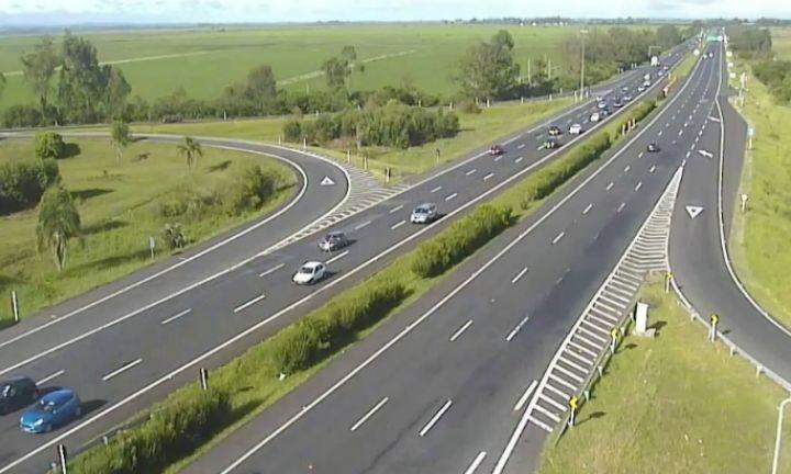 Rodovia João Mellão teve tráfego de mais de 30 mil veículos no feriado