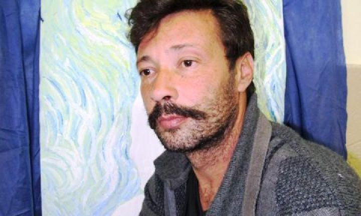 A arte de J. Grassi no Empórium Café
