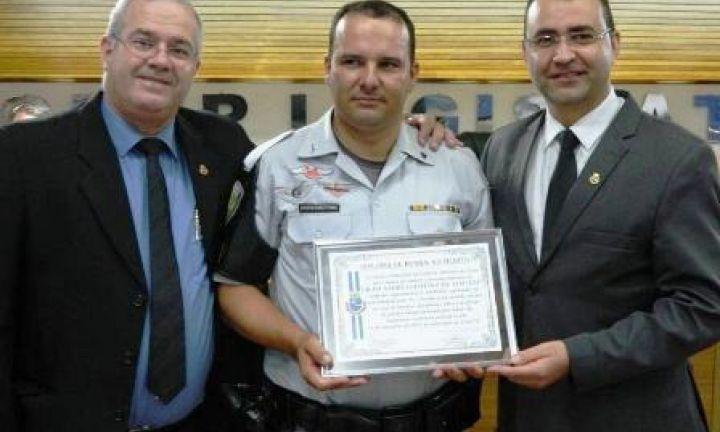 Policiais do TOR são homenageados na Câmara