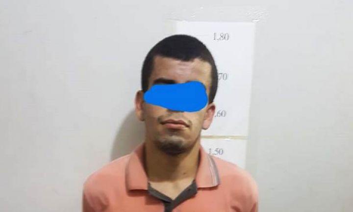 Jovem de 21 anos é preso com quase 1000 papelotes de cocaína