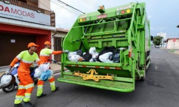 Prefeitura homologa contrato que terceiriza a coleta de lixo
