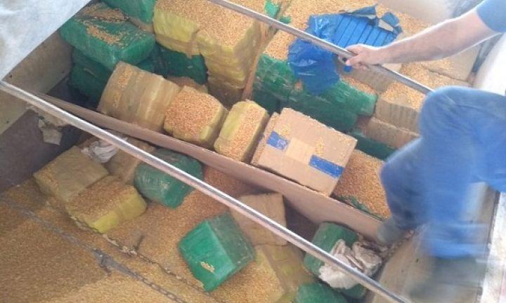 Polícia apreende tabletes de maconha escondidos em caminhão em Avaré