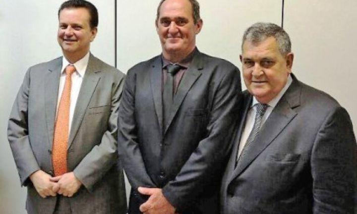Prefeito de Cerqueira César se reúne com Ministro das Comunicações