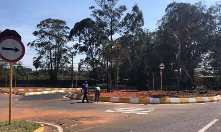 Obra em rotatória facilita acesso a bairros de Avaré
