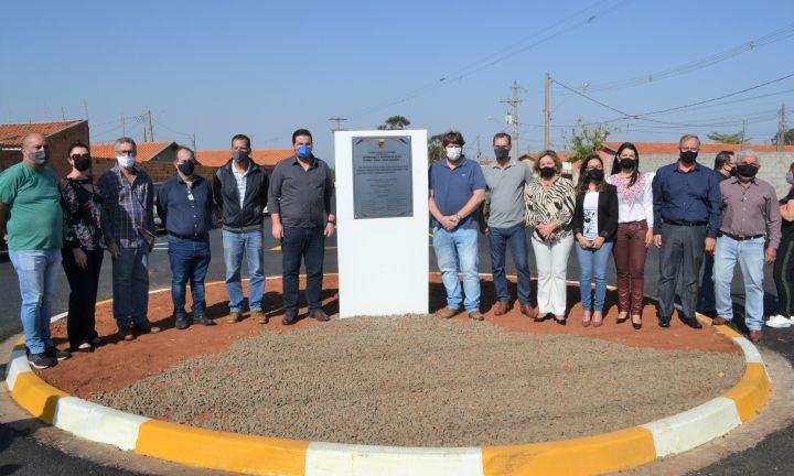 Prefeitura inaugura pavimentação do Jardim Califórnia