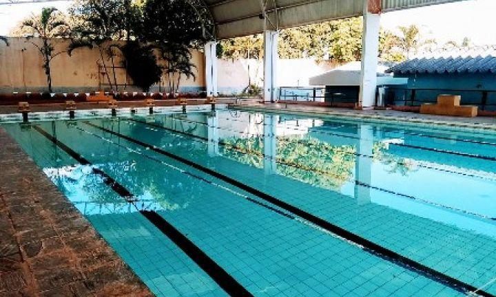 Aulas de natação e hidroginástica recomeçam no dia 6