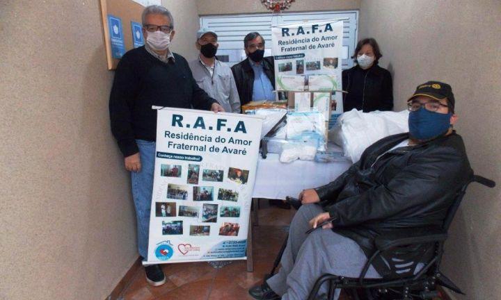 Rotary Avaré doou materiais de combate a Covid-19 ao Asilo RAFA