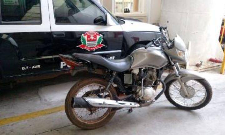 Polícia Civil prende receptador de moto em Avaré