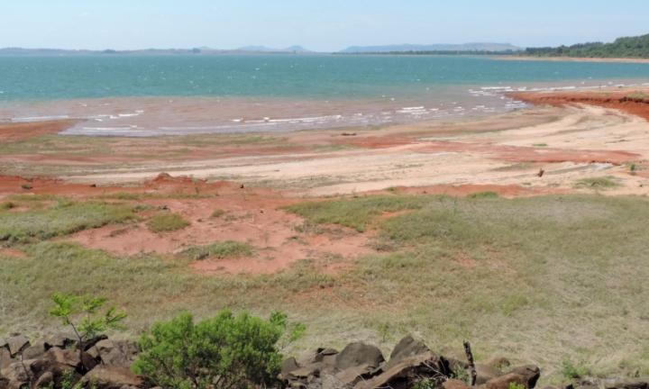 Represa de Jurumirim está com 30% do volume de água