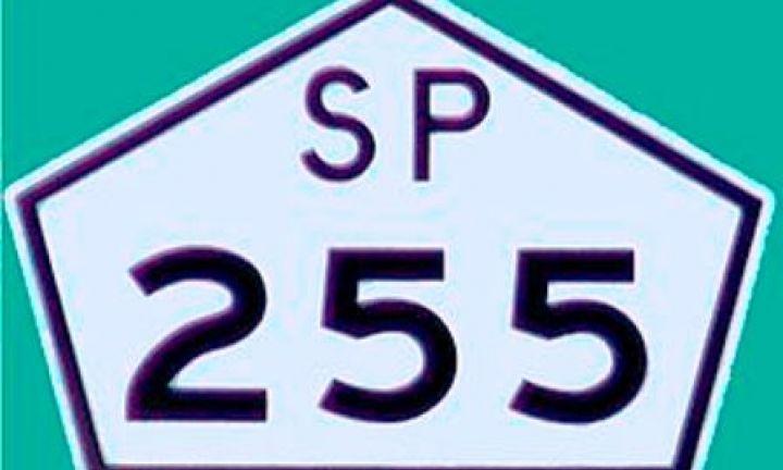 Mais de 44 mil veículos trafegaram na SP-255 no feriado prolongado