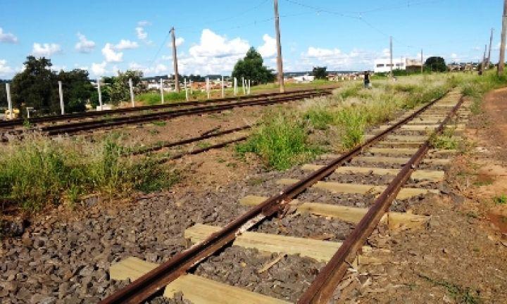 Alessandro Rios pede reparos na linha férrea sobre o Túnel da Rua Alagoas