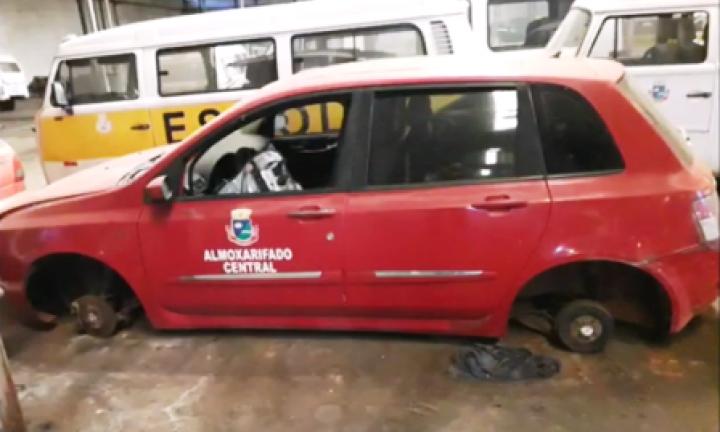 Vereador denuncia: carros da Prefeitura estão sendo depenados no IBC