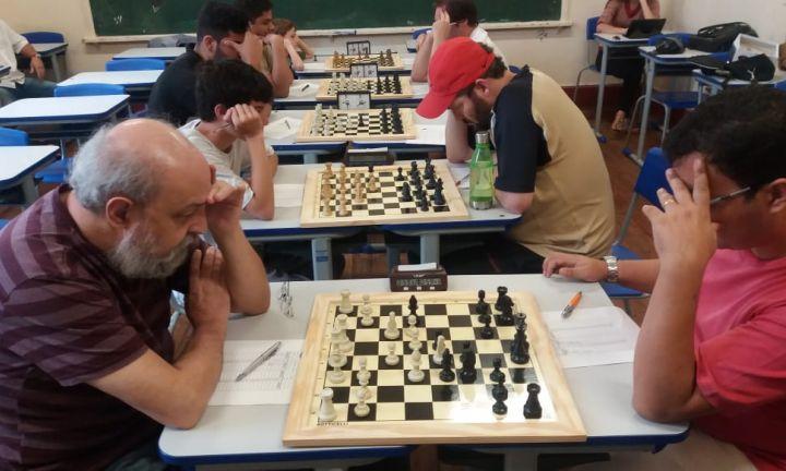 Terminou o Campeonato Avareense de Xadrez Clássico