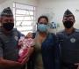 Polícia Militar salva bebê que estava em engasgado em Piraju