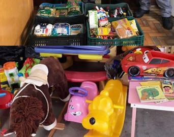 Fundo Social recebe doações de brinquedos e alimentos