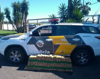 TOR aborda caminhonete com mais de 150 kg de maconha