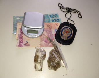 Polícia Civil prende universitária por tráfico de drogas