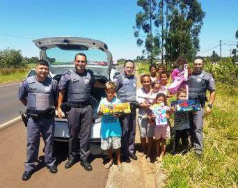 Policial Militar faz a diferença na vida de crianças carentes