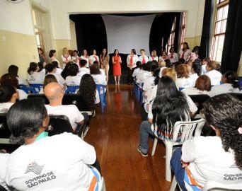 Em NY, professora da região tem formação sobre combate ao abuso sexual