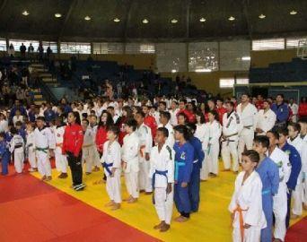 1ª Copa de Judô reúne mais de 300 atletas em Avaré
