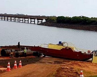 Ponte Carvalho Pinto na SP-255 passa por reparos