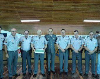 Policia Militar realiza solenidade em comemoração aos 13 anos do Batalhão
