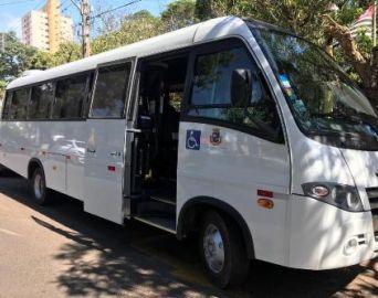 Prefeitura adquire novo micro-ônibus para transporte de pacientes