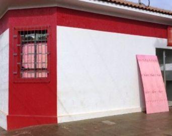 Bandidos explodem caixas de agência em Arandu